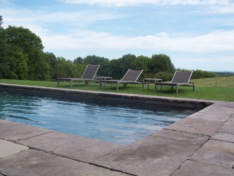 Bompré - aménagement d'une piscine